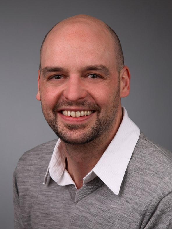 Michael Linhart